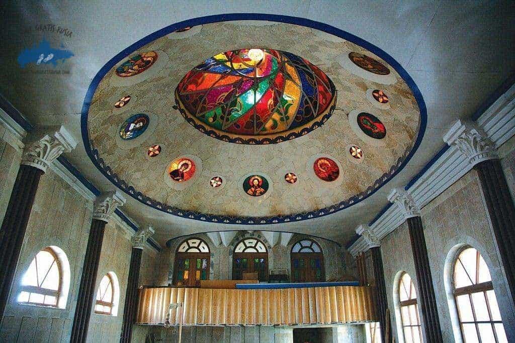 Visitar el templo de todas las Religiones de Kazán