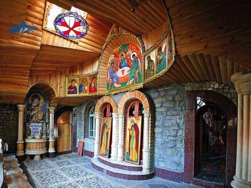 Conocer el templo de todas las Religiones de Kazán