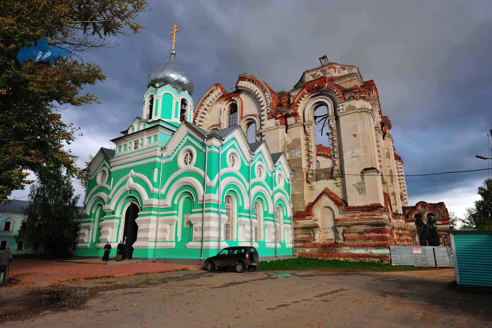 Que ver en el Convento Iver en Vyksa; Visitar el Convento Iver en Vyksa; Explorar el Convento Iver en Vyksa