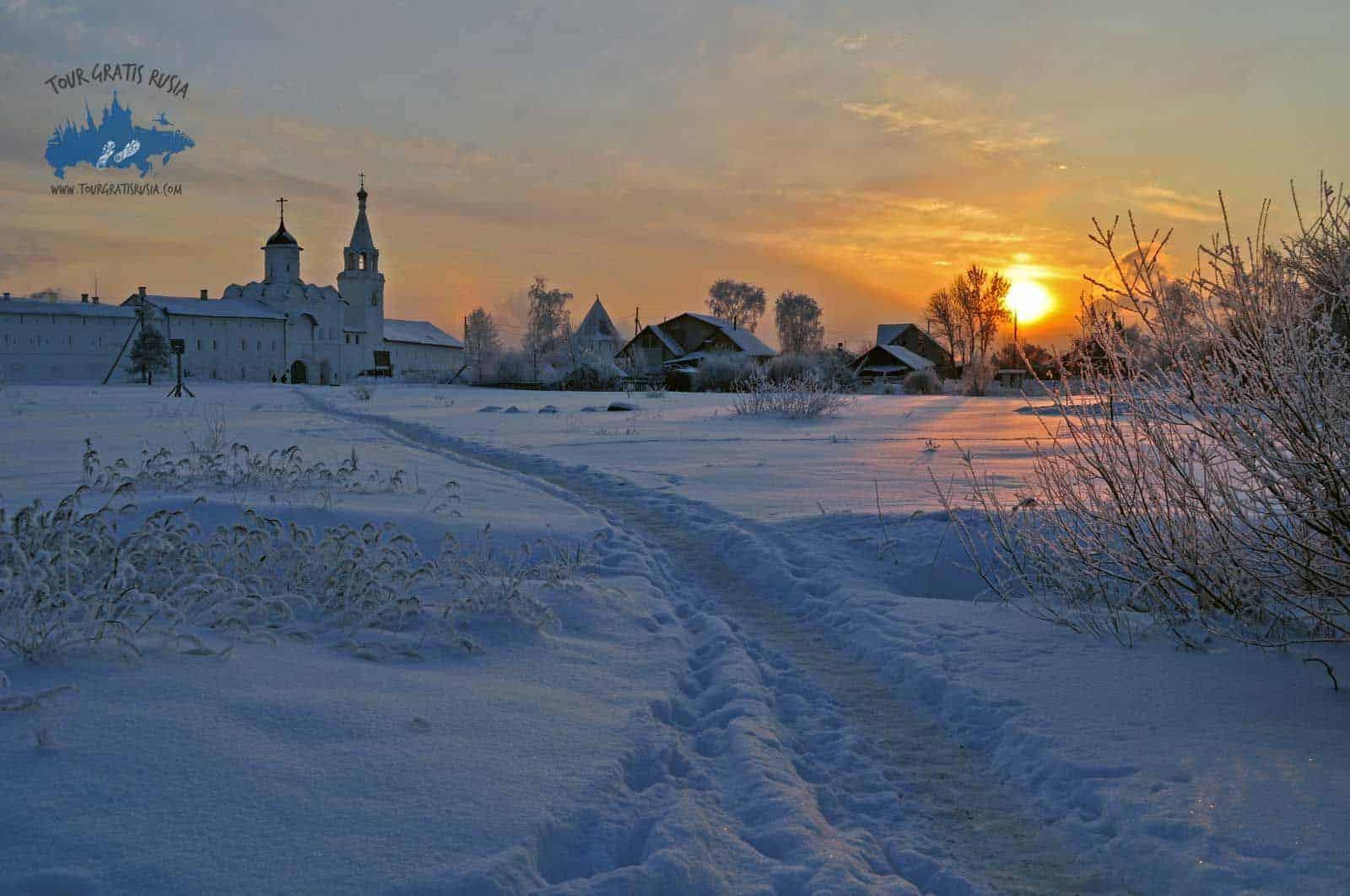 Conocer el Monasterio del Salvador Prilutsky