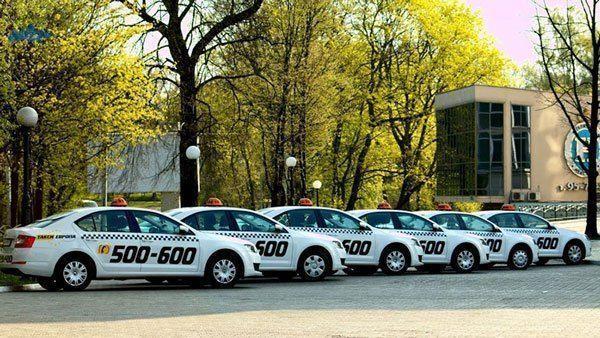 servicio-de-taxi-en-Kaliningrado-1