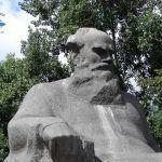 Estatua Tolstoy tour gratis rusia