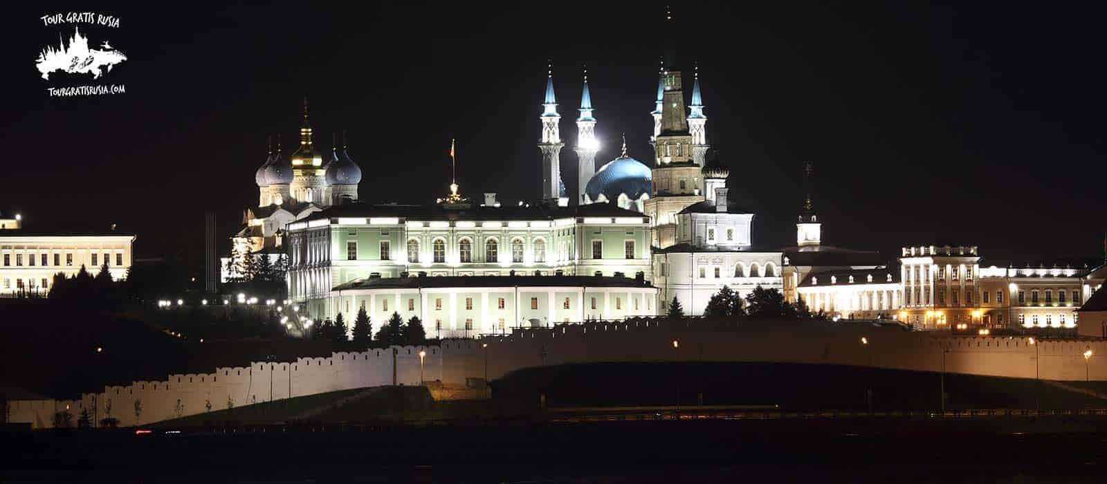 Tour Nocturno por la Ciudad de Kazan