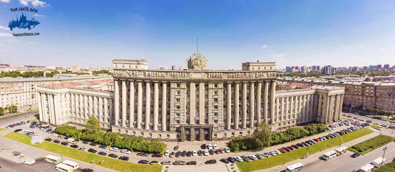 Tour Soviético Leningrado