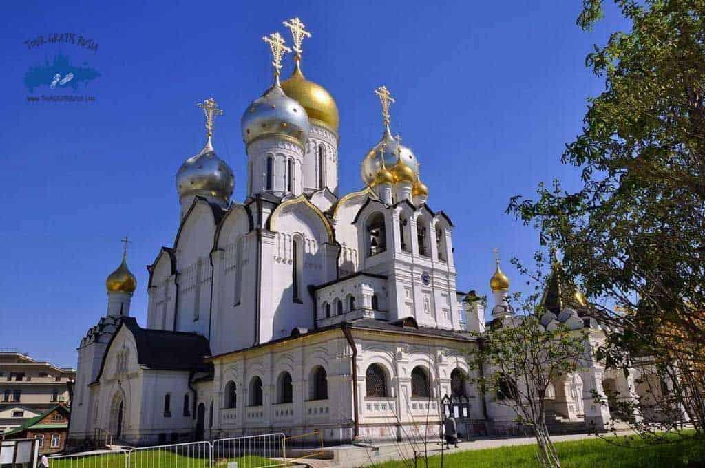 monasterio zachatievsky tour gratis rusia