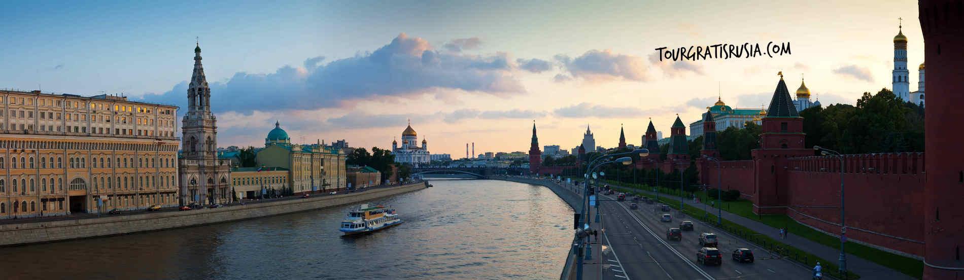 Tour por el rio Moscú