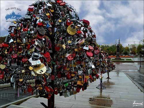 puente enamorados tour gratis rusia