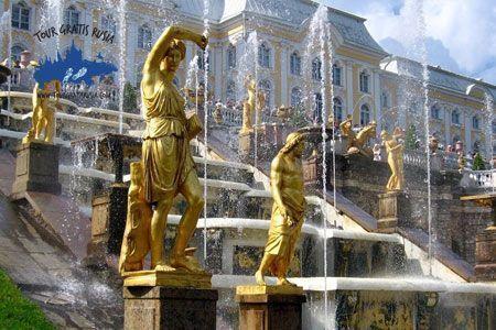Visitar el Versalles ruso; Excursión por jardines y fuentes de Peterhof