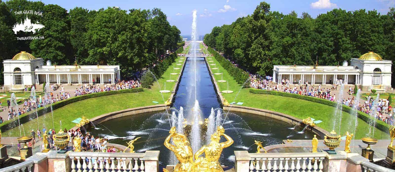 Tour combinado por Peterhof y la Avenida Nevsky