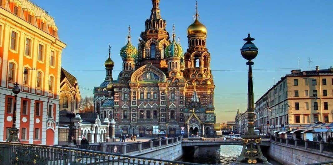 Qué visitar en San Petersburgo; Lugares que conocer en San Petersburgo; Sitios para recorrer en San Petersburgo