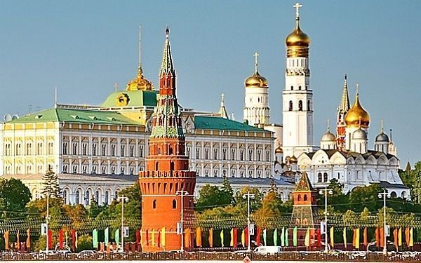 Como hacer una excursión en el Kremlin de Moscú; Conocer el Kremlin de Moscú; Que visitar en el Kremlin de Moscú