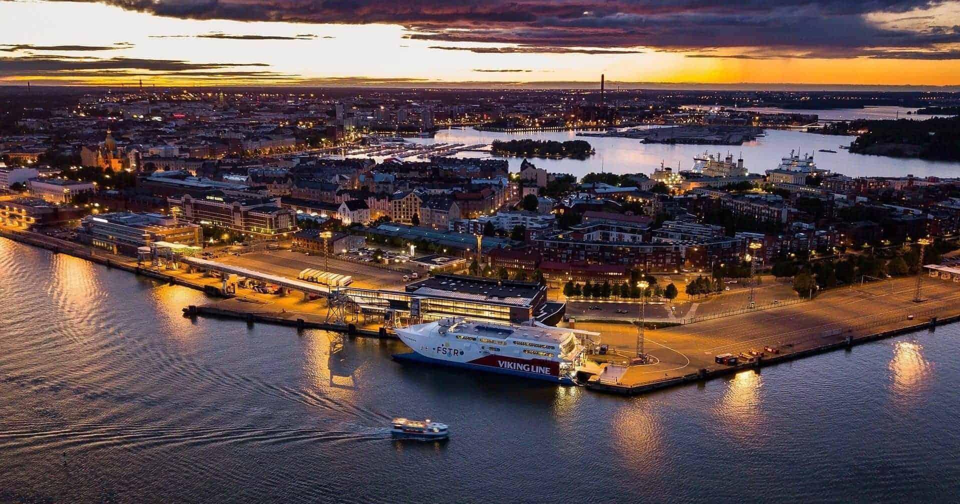 Tour Nocturno en Helsinki