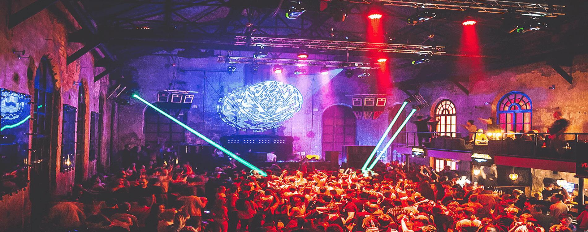 Tour nocturno Bares y club en Moscú