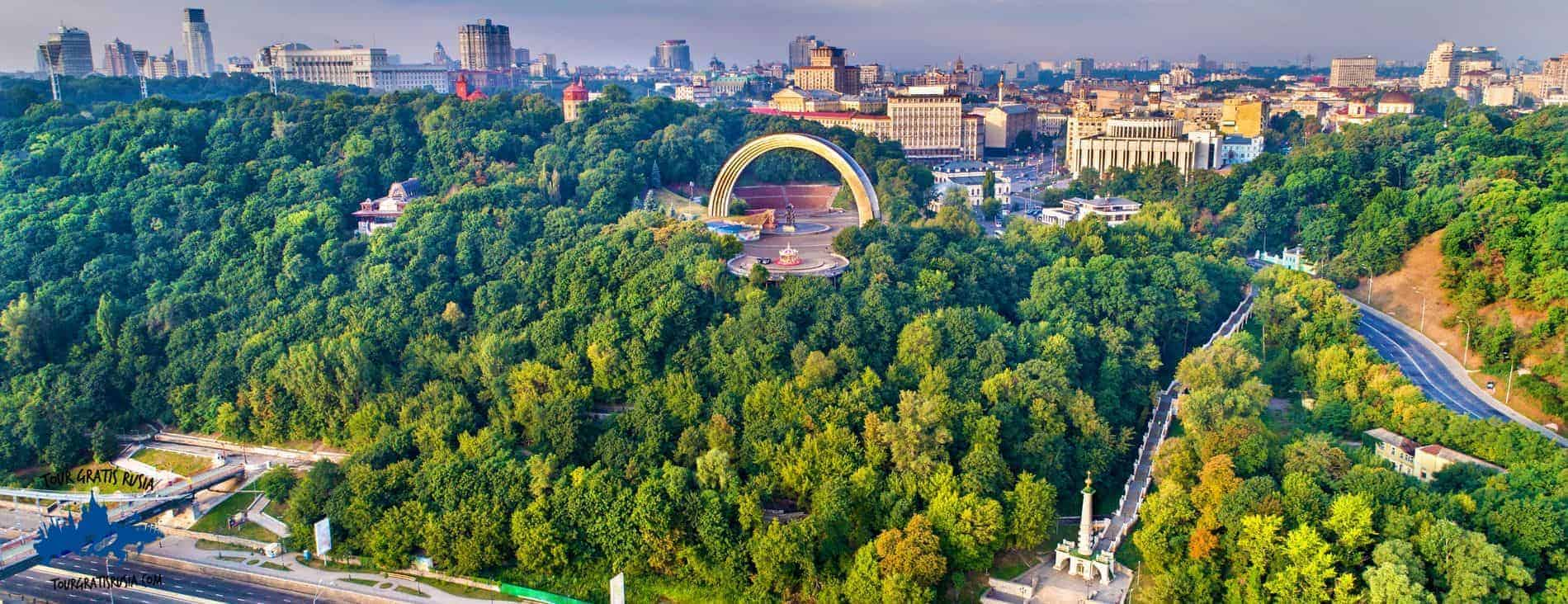Tour Kiev sovietico